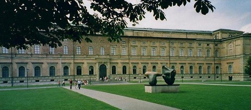 File:Alte Pinakothek.JPG