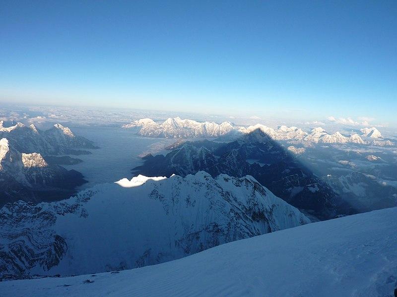 Amanecer desde la cima del Everest por Carlos Pauner.JPG