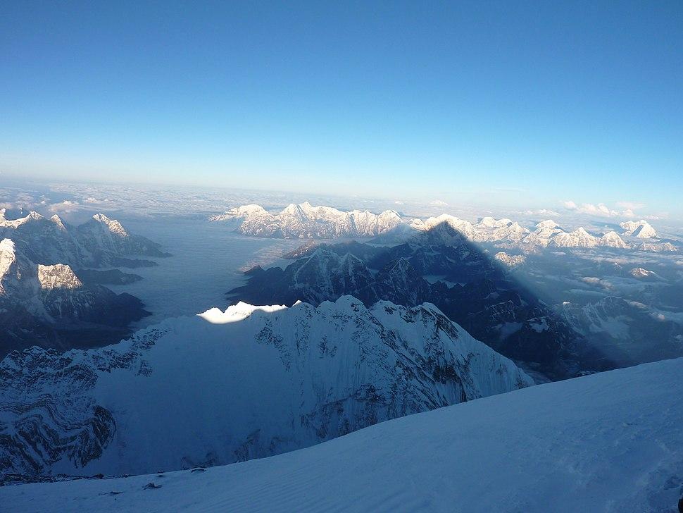 Amanecer desde la cima del Everest por Carlos Pauner