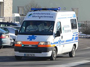 English: Ambulance in Pontarlier