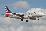 American Airlines Airbus A319 N9011P (15802203654).jpg