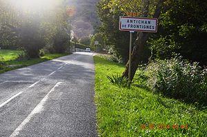 Antichan-de-Frontignes - Entry to Antichan-de-Frontignes