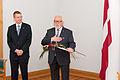 Apbalvo Ministru kabineta balvas 2011. gadā laureātus (6352409415).jpg
