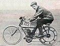 Auguste Bucquet, vainqueur des deux roues motorisées au Paris-Madrid 1903, sur Werner.jpg