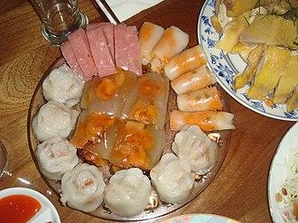 Bánh bột lọc - Image: Bánh bèo, bột lọc, nem chua