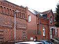 Büttnerstraße Hannover, Blick auf die historischen Klinkergebäude Pastor-Heller-Haus, altes Wohnhaus.jpg