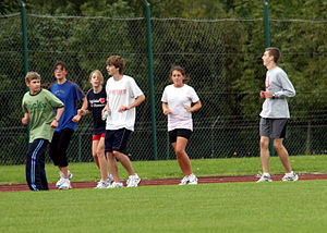 Backward running (1351376626).jpg