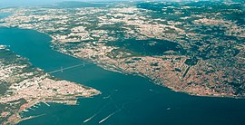 Bay of Lisbon (aerial view).jpg