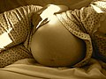 Beautiful belly - Flickr - dizznbonn.jpg