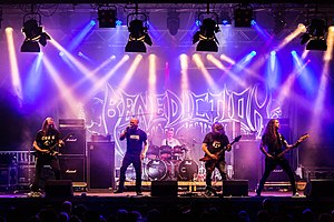Benediction Rock unter den Eichen 2019 14.jpg