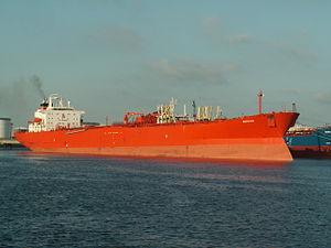 Berana - IMO 8400000 at the '7e Petroleumhaven', Port of Rotterdam, Holland 20-Jun-2006.jpg
