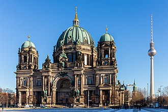 Mitte - Berlin Cathedral and Television Tower