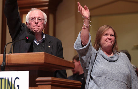 Sanders with his wife Jane O'Meara in Des Moines, Iowa, January 2016 Bernie and Jane Sanders by Gage Skidmore (cropped).jpg