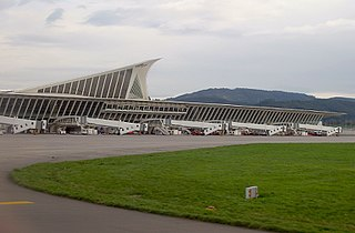 international airport serving Biscay, Spain