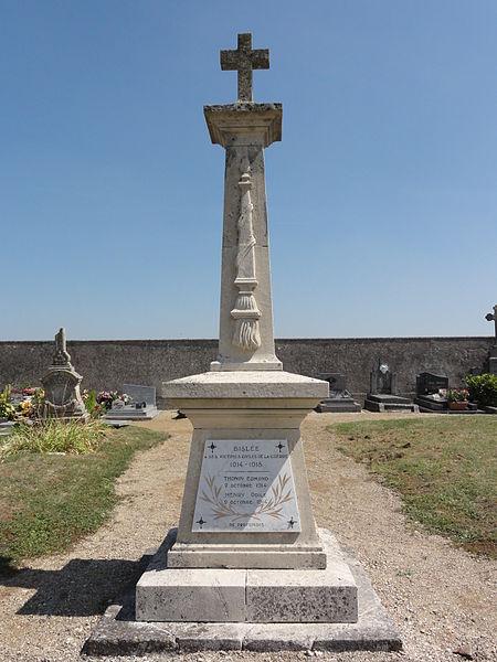 Bislée (Meuse) monument aux morts au cimetière