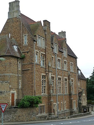 Bloxham - All Saints' School, or Bloxham School, viewed from the High Street.