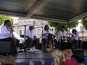 Linda Tillery - Linda Tillery (center) performing with The Cultural Heritage Choir in July 2008