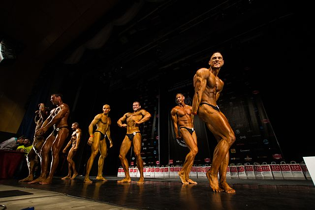 Bodybuilding and fitness bikini open tournament in Kaliningrad (2016-10-16) 34.jpg