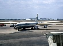 Boeing 707-121B, Pan Am JP5920037.jpg