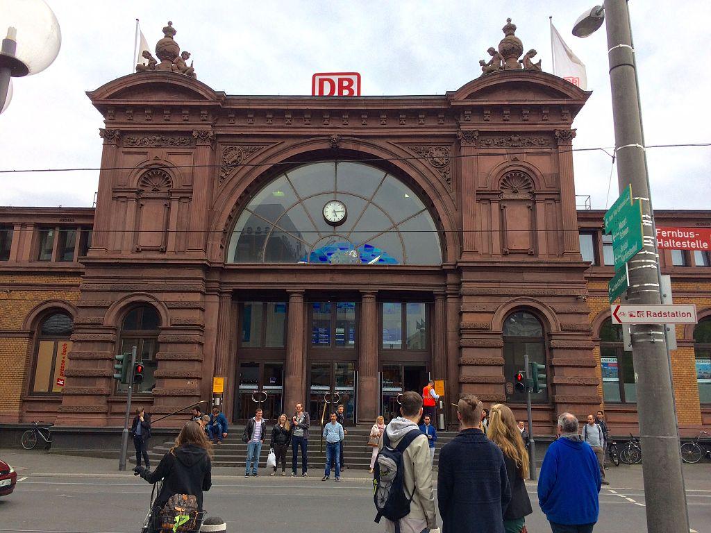 Bildergebnis für Wikimedia Commons Bilder Bonner Hauptbahnhof