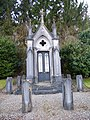 Bray-lès-Mareuil, Somme, Fr, cimetière.jpg