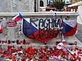 Brno, náměstí Svobody, pietní místo hokejistů (02).jpg