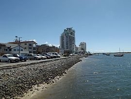Broadwater foreshore, Labrador, Queensland.jpg
