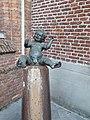Bronzen beeld Rietje Koane.jpg