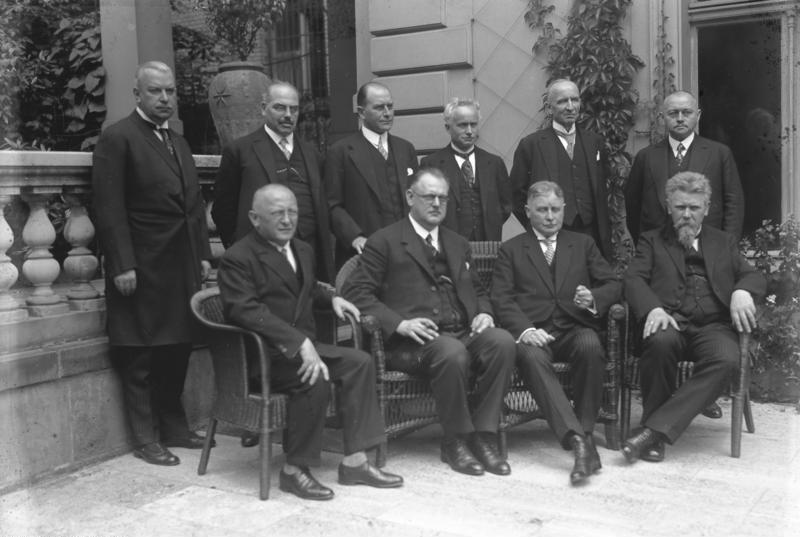 Bundesarchiv Bild 102-11412, Reichskabinett Müller
