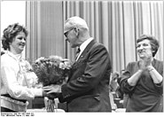 Bundesarchiv Bild 183-1987-0305-101, Berlin, XII. DFD-Kongress