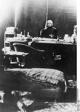 Bundesarchiv Bild 183-J0320-0500-001, Otto von Bismarck in seinem Arbeitszimmer