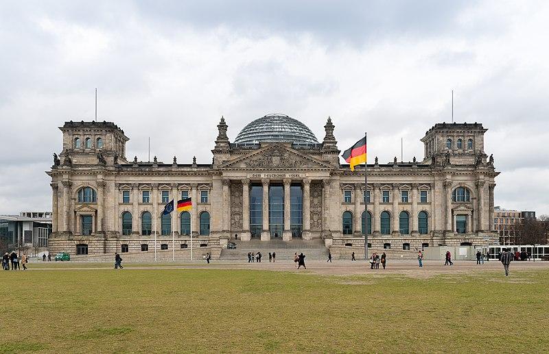 Deutscher Bundestag in Berlin, Wiki Commons.