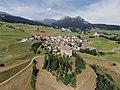 Burg Riom, aerial photography 2.jpg