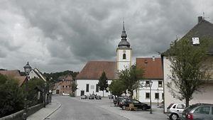 Burghaslach - Burghaslach's marketplace on which stands the St Ägidius's Church