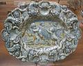 C.sf., pavia, sirio antonio africa (attr.), vassoio ellittico a rilievo con putti e una capora, 1675-1710 02.JPG