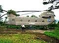 CH-47 Chinook tại sân bay Tà Cơn2.JPG
