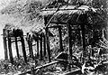 COLLECTIE TROPENMUSEUM Doodskisten van kinderen en volwassenen te Siberoet Mentawai-eilanden TMnr 10003244.jpg