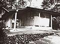COLLECTIE TROPENMUSEUM Graf van de vorst van Pajajaran Batoetoelis TMnr 60016703.jpg