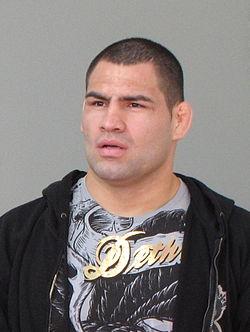 Cain Velasquez (crop).jpg