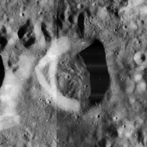 Calippus (crater) - Image: Calippus crater 4098 h 2 4103 h 2