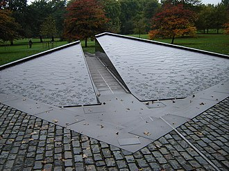 Pierre Granche - Image: Canada Memorial war memorial in Green Park, London Pierre Granche