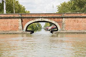 Canal Latéral de la Garonne - Origin in Toulouse