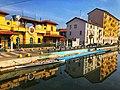 Canottieri Milano - Facciata e pontile sul Naviglio - Davide Brazzoli.jpg