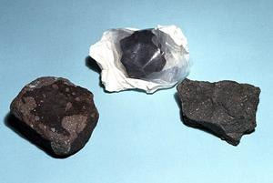 Carbonaceous chondrite - Some carbonaceous chondrites. From left to right: Allende, Yukon and Murchison.