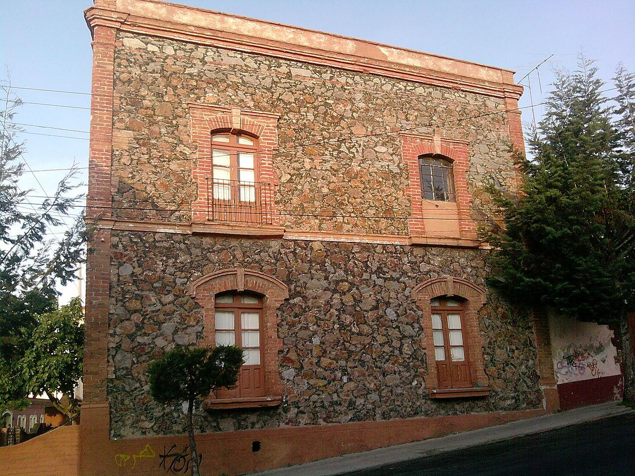 Archivo casa de wikipedia la enciclopedia libre - La casa de las piedras ...