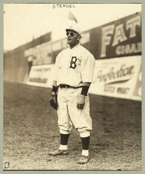 File:Casey Stengel, full-length portrait, wearing sunglasses, while playing outfield for the Brooklyn Dodgers LCCN97518651.tif