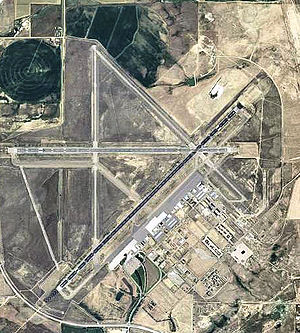 Casper–Natrona County International Airport - 2006 USGS Orthophoto
