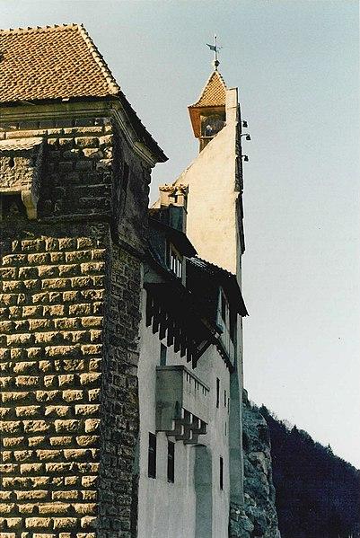 File:Castle Bran 02.jpg