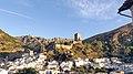 Cazorla y el castillo de la Yedra.jpg