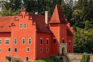 Červená Lhota Castle - Image: Cervena Lhota entrance
